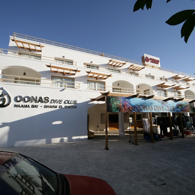 Oonas Dive Club & Hotel