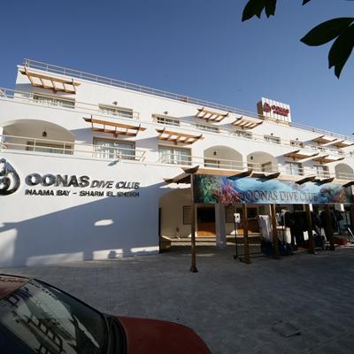 Oonas Dive Club & Hotel