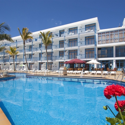 Costa Volcan & Spa Apartments