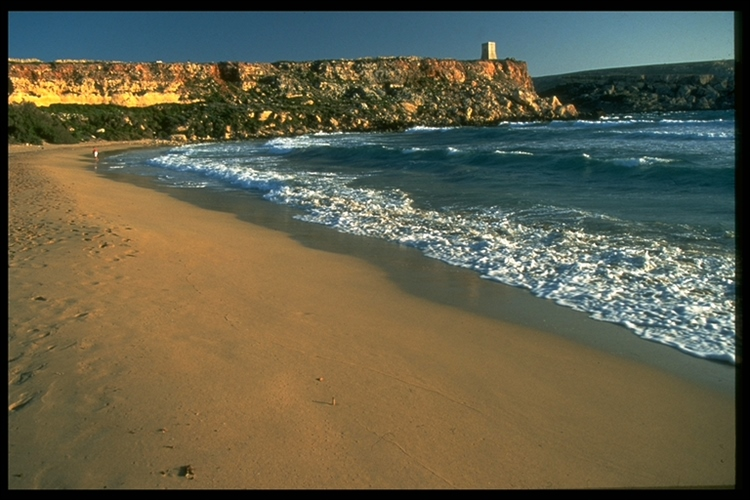 Waves in Gozo