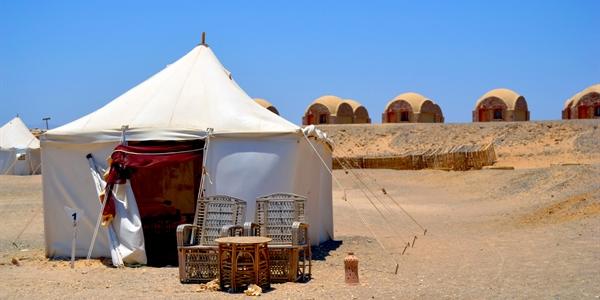 Tent-outsideseats