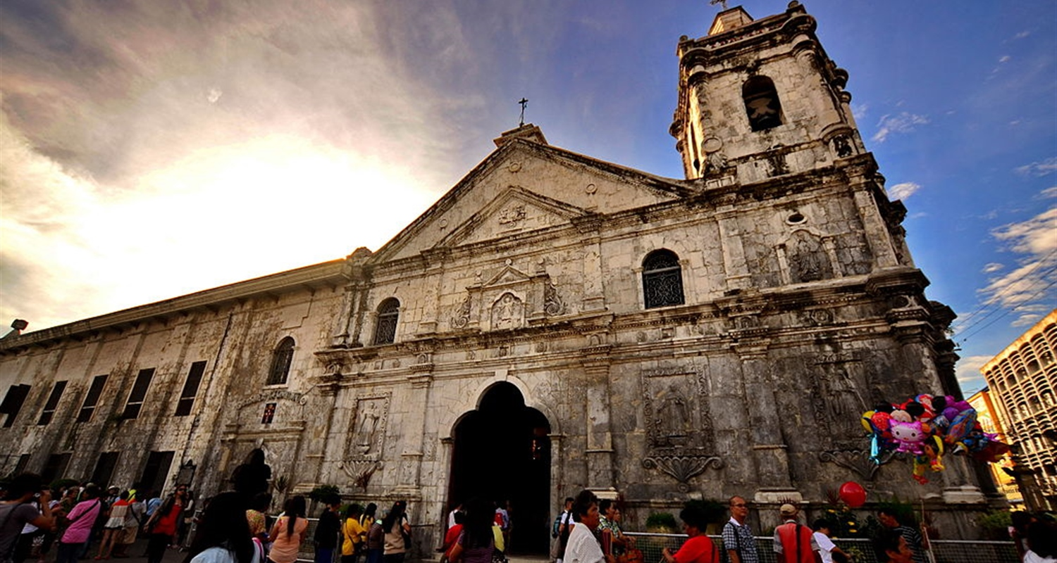 https://s3-eu-west-1.amazonaws.com/prod-oonas-public-media/Media/Source/WebsiteUD/Excursions/Intas/Cebu/Basilica+del+Santo+Nino.JPG