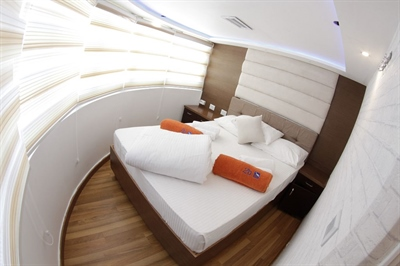 Upper Deck Double Stateroom