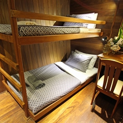 Twin Cabin with A/C