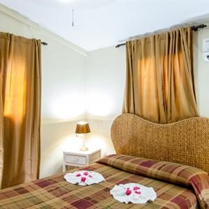 One Bedroom Bungalow