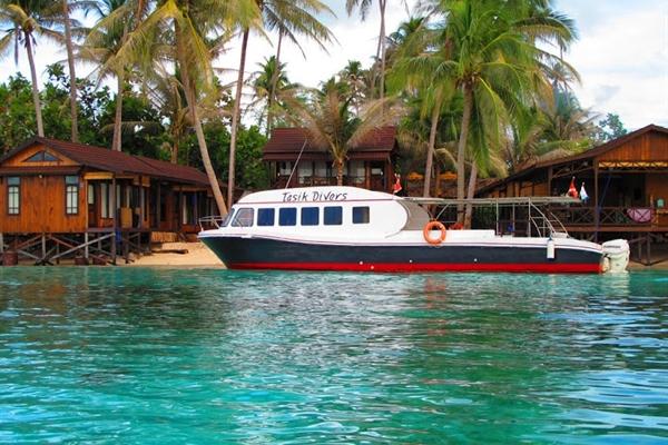 Tasik Divers Boat