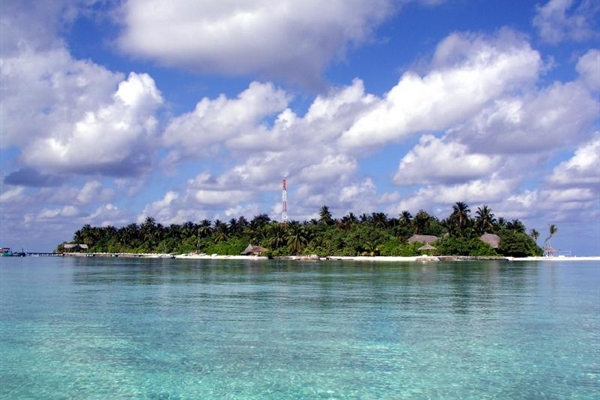 Ari Atoll Island